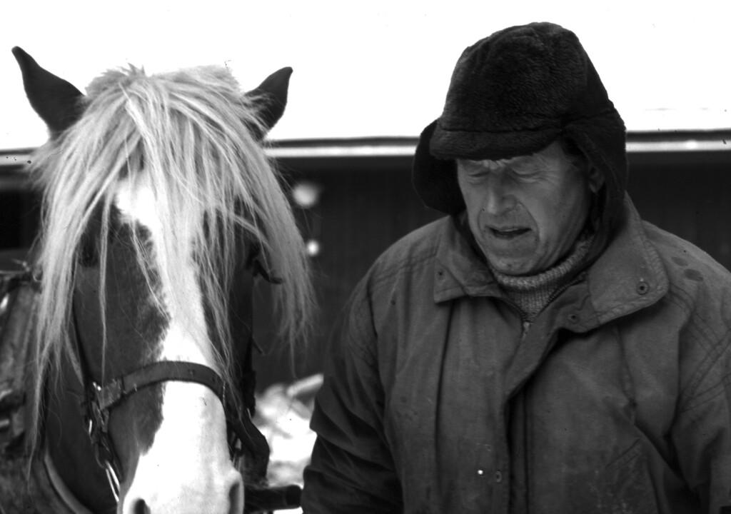 Pentti Linkola hevosineen 2002. OSK Lumimuutos / Eero Murtomäki